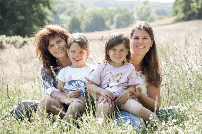 Familienshooting-outdoor-yvy-anheier-fotograf-mayen-koblenz-41