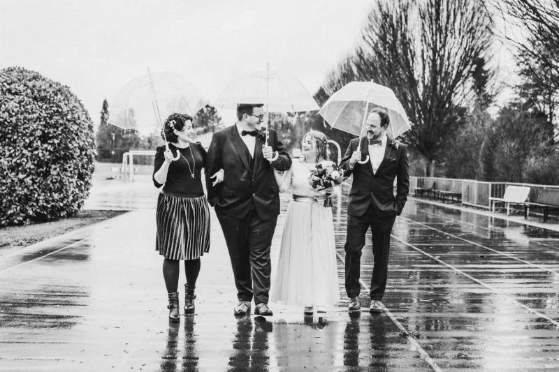 Hochzeitsfotograf-Koblenz-Mayen-Cochem-Fotograf-trauzeugen-brautpaarshooting-regen